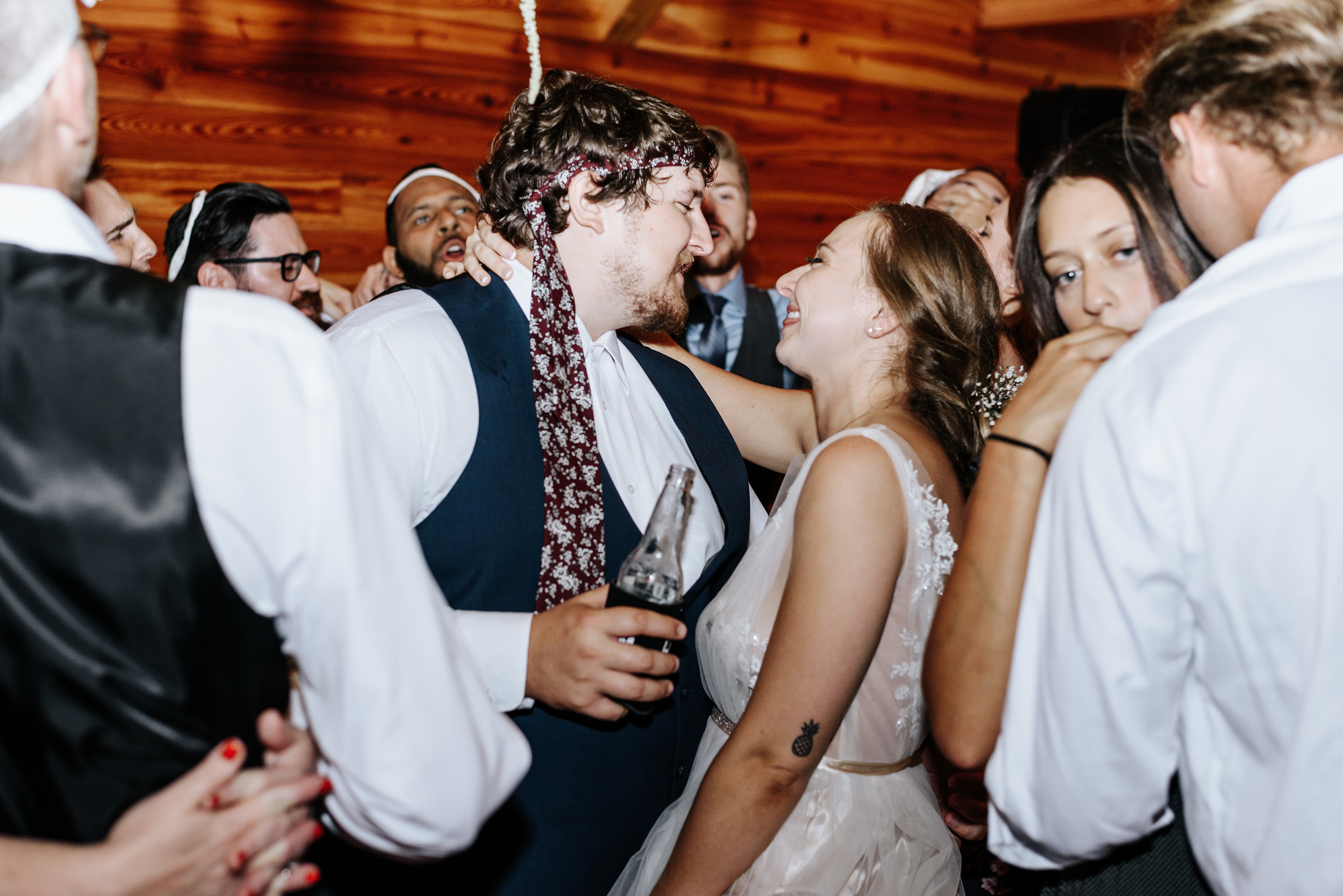 Hanover_Tavern_Wedding_Tori_Jared_Photography_by_V_6241